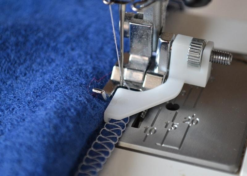 Потайной шов на швейной машине