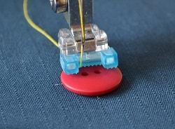 Лапка для пришивания пуговицы