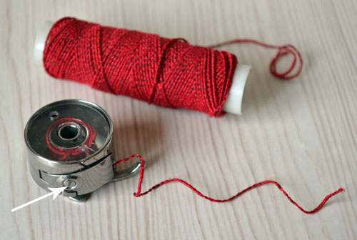 Как регулировать натяжение нитки