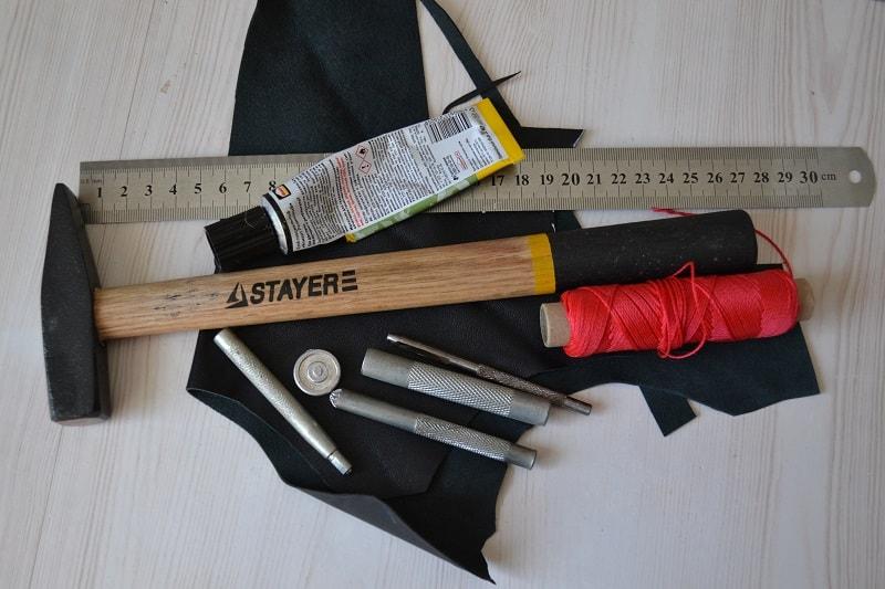 Инструмент для работы с кожей