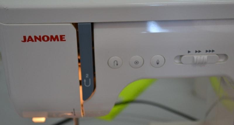 Какую купить швейную машинку?