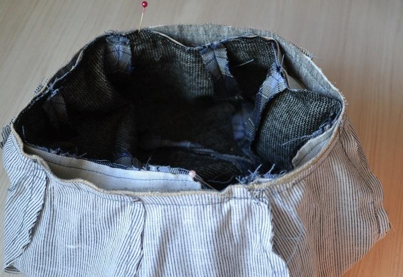 Обтяните тканью пуговицу с ножкой