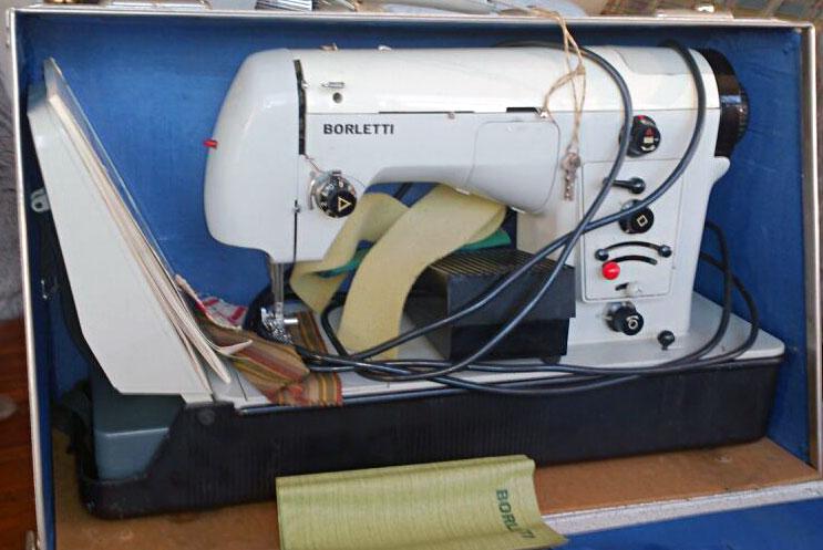 Старые модели швейных машинок - Borletti