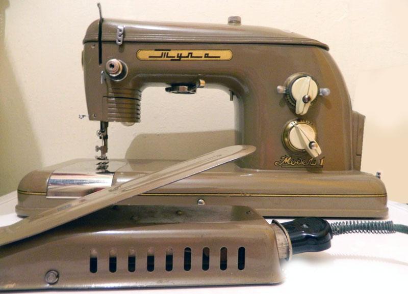 Старые модели швейных машинок - Tula