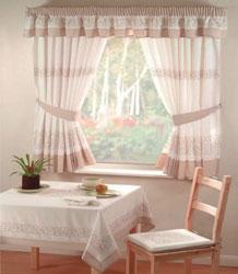 Дизайн штор на узкие окна фото