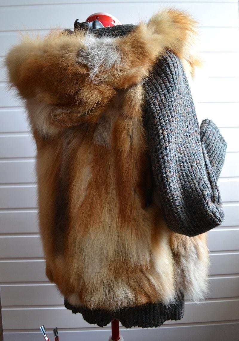 Меховая куртка с капюшоном из старой шубы из меха лисы