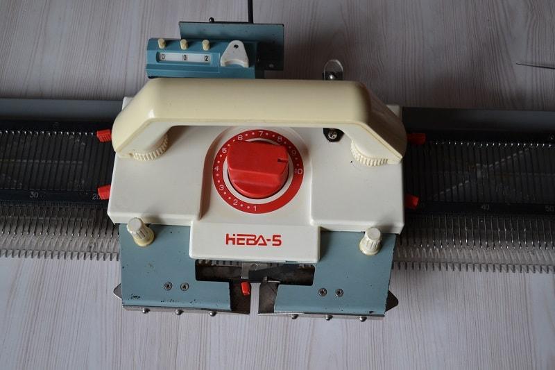Вязальная машина Нева-5
